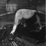 1943 Francis Bacon - Figures getting out of a car